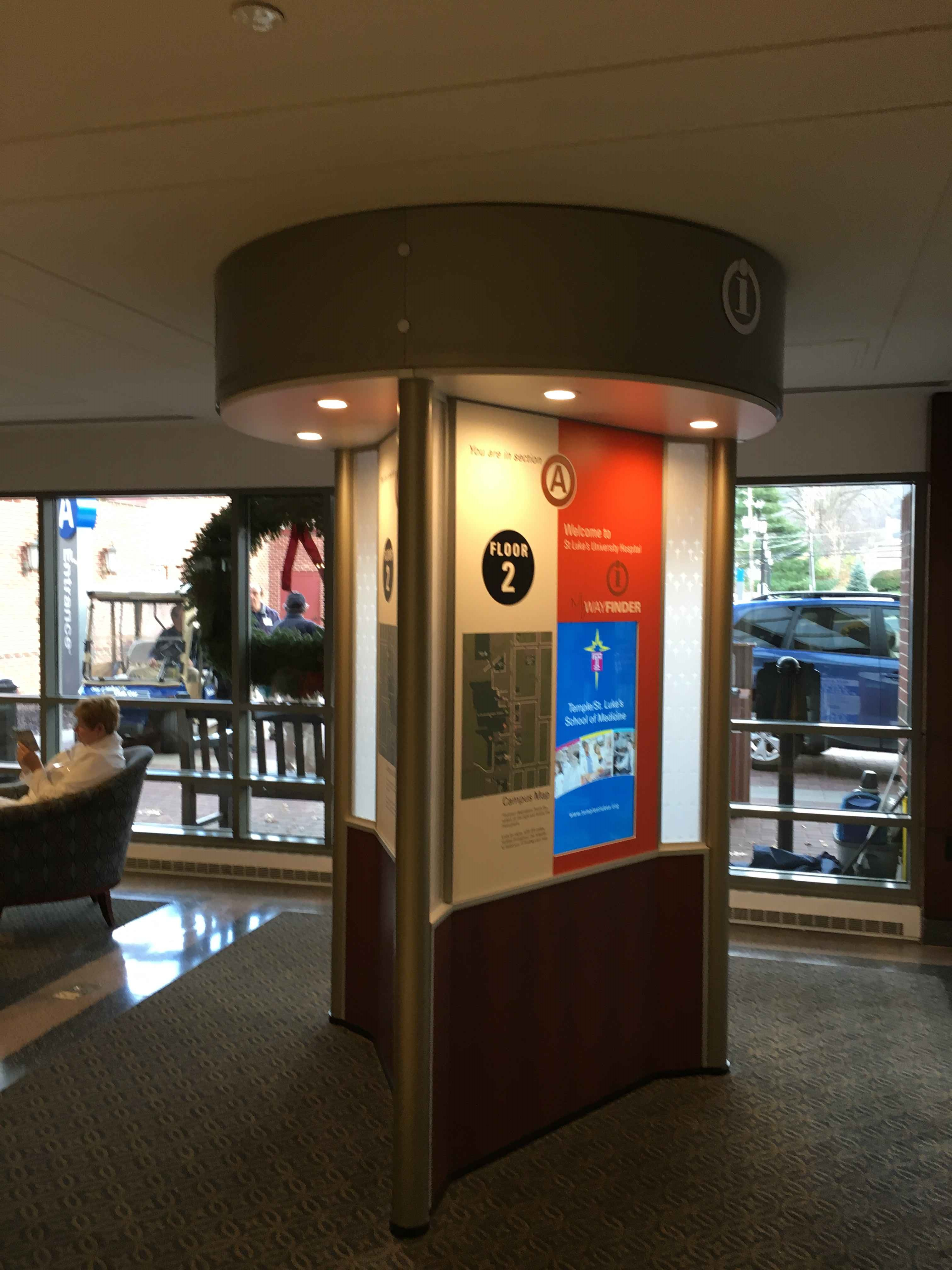 fotorama/three-sided-kiosk-6.jpg